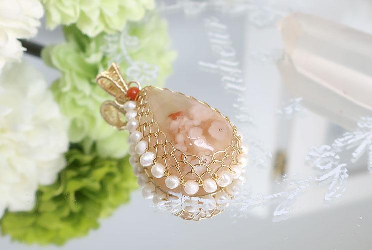 桜メノウと淡水パールの14KGFペンダント(珊瑚付)-1